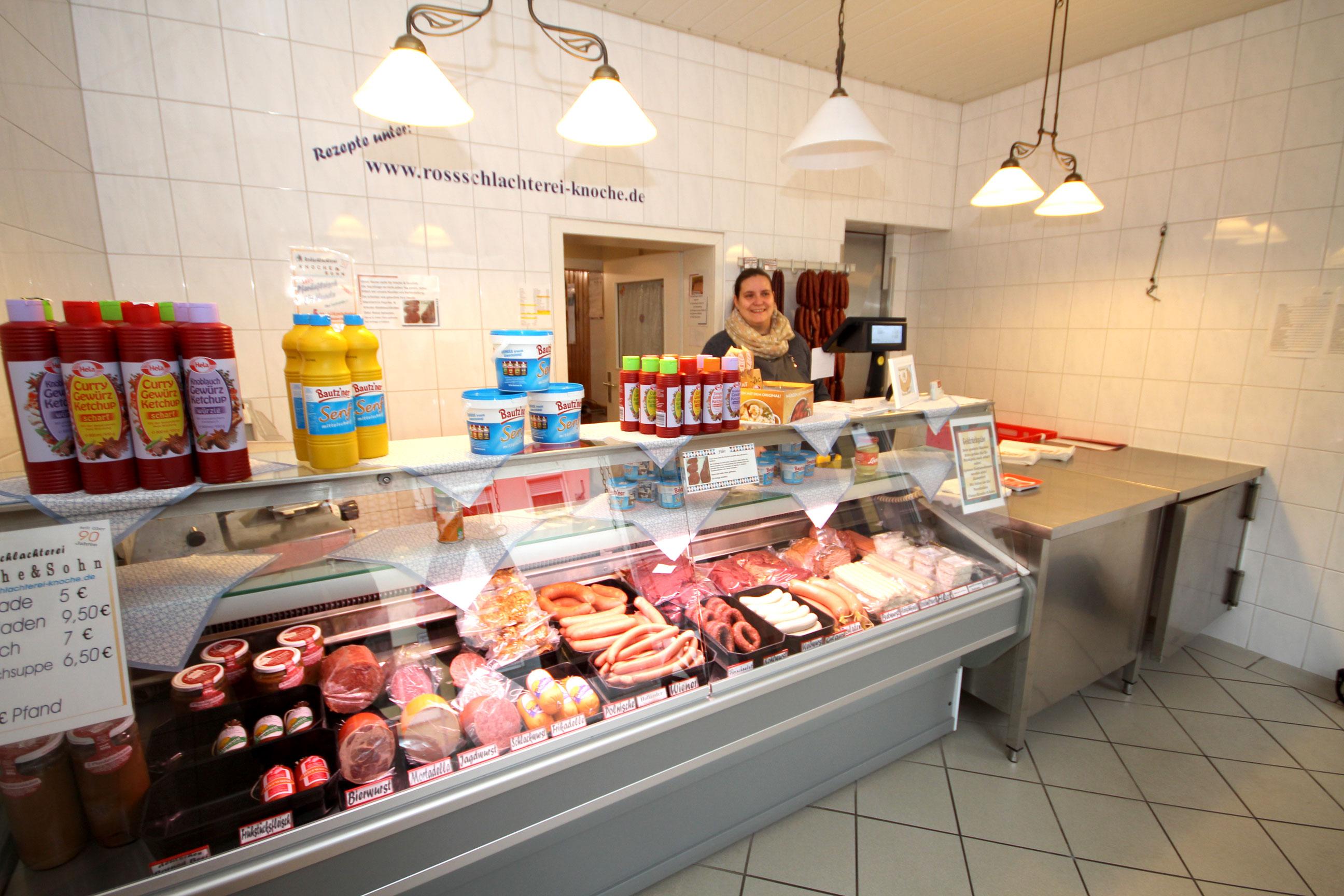 Auch in Schöningen werden Sie kompetent und erfahren von unserer Fleischfachverkäuferin beraten